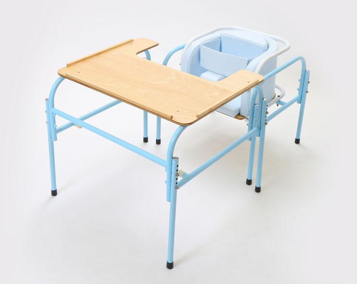はっちーポケット:テガルナチェアー・テーブルのセット